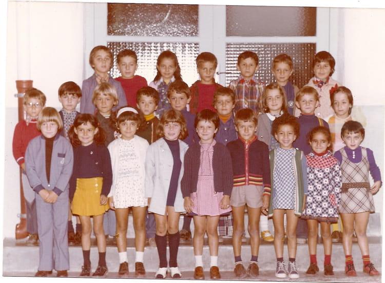 Photo De Classe Pollestres De 1979 Ecole Pau Casals Copains D Avant