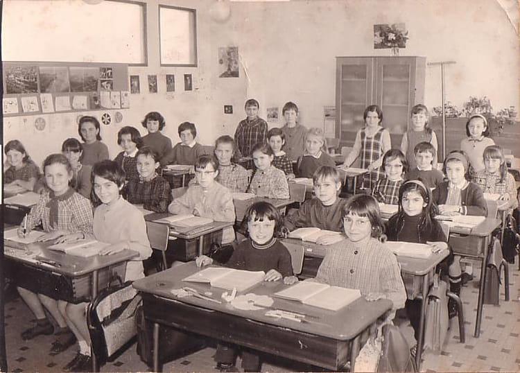 Photo de classe ce2 de 1967 ecole laennec la roche sur - Cours cuisine la roche sur yon ...