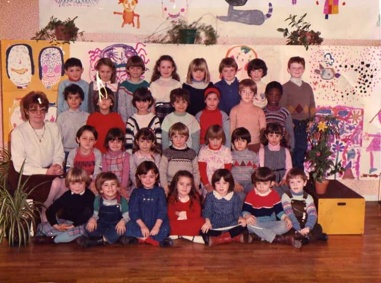 photo de classe derniere classe de maternelle de 1983 ecole roger salengro copains d 39 avant. Black Bedroom Furniture Sets. Home Design Ideas