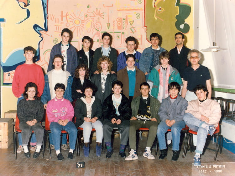 photo de classe 2 eme annee boule 1987 1988 de 1987 ecole boulle copains d 39 avant. Black Bedroom Furniture Sets. Home Design Ideas