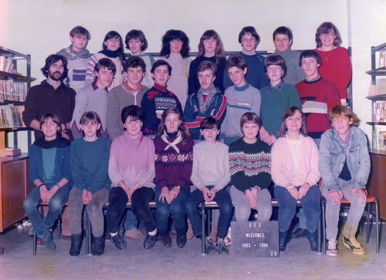 photo de classe college rene cassin wizernes de 1983 coll ge ren cassin copains d 39 avant. Black Bedroom Furniture Sets. Home Design Ideas