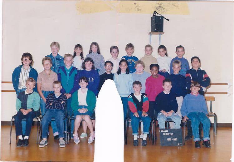 photo de classe classe de 6e de 1990 coll ge l 39 oiseau blanc copains d 39 avant. Black Bedroom Furniture Sets. Home Design Ideas