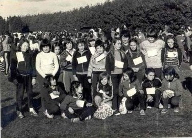 Photo de classe cm2 soeur anne morvan de 1979 ecole notre - Bonne nouvelle anne ...