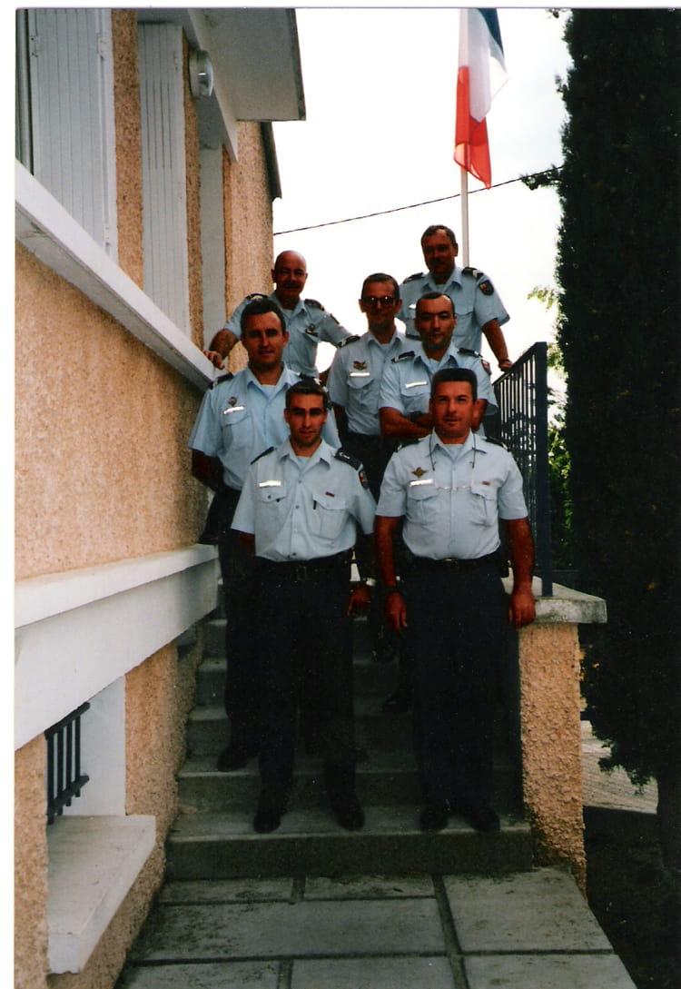 Photo De Classe Bt Oraison De 1999 Brigade Territoriale De