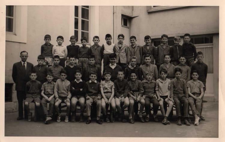 Photo de classe 7 de 1959 ecole saint louis la roche sur yon copains d 39 avant - Mr bricolage la roche sur yon ...