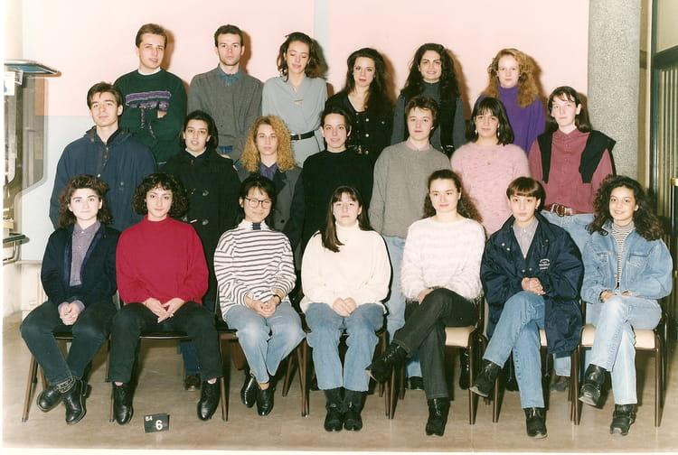 photo de classe bts assurance de 1992 lyc e jean lur at copains d 39 avant. Black Bedroom Furniture Sets. Home Design Ideas