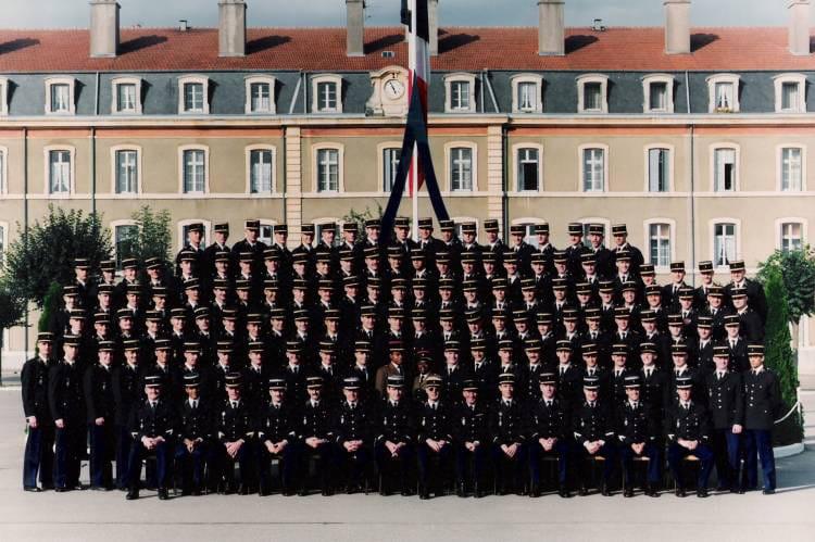 photo de classe 337 prmotion esog chaumont de 1989 ecole gendarmerie chaumont esog copains. Black Bedroom Furniture Sets. Home Design Ideas