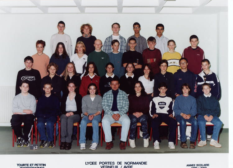 photo de classe 2nde de 1999 lyc 233 e porte de normandie copains d avant