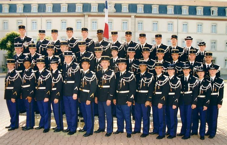photo de classe 3 me peloton 390 me promotion esog chaumont de 2002 ecole gendarmerie chaumont. Black Bedroom Furniture Sets. Home Design Ideas