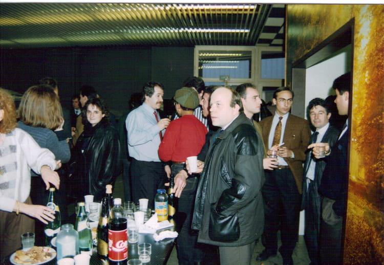 Photo de classe un pot de d part marchand de 1991 comptoir lyon alemand louyot copains d - Comptoir de famille lyon ...