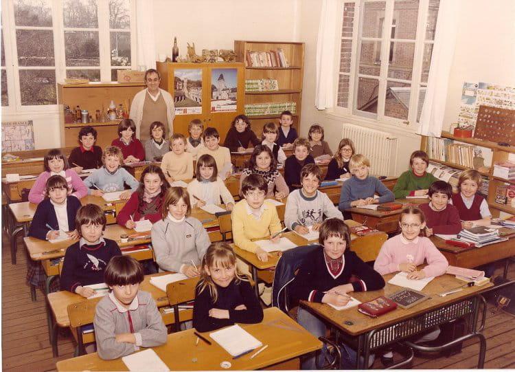 Photo de classe CM1 de 1980, Ecole François Codet (Bois Guillaume) Copains d'avant # Lycée Rey Bois Guillaume