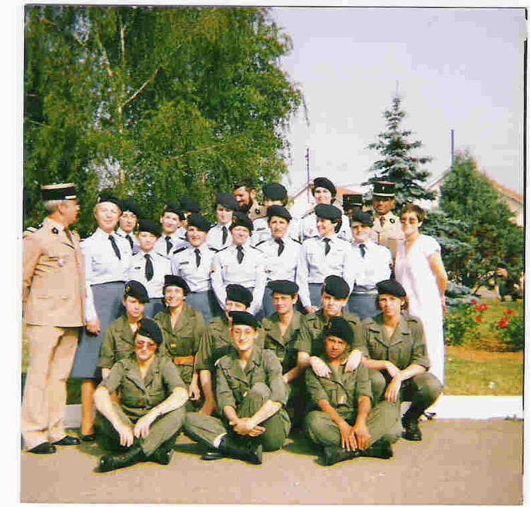 photo de classe equipe marceau 1986 de 1986 bureau sp cial du service national copains d 39 avant. Black Bedroom Furniture Sets. Home Design Ideas