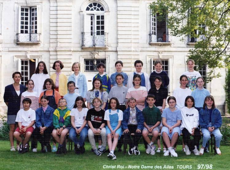 Photo de classe 6ème1 de 1998, Collège Christ-roi Notre-dame-des ...
