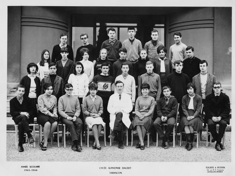 Photo de classe 2 me de 1965 lyc e alphonse daudet for Lycee alphonse daudet
