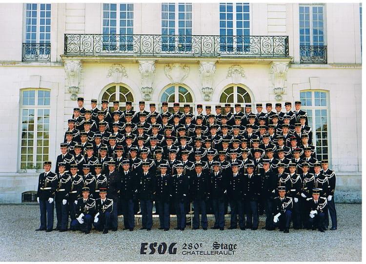 photo de classe esog chatellerault 280 stage de 1996 ecole gendarmerie chatellerault esog. Black Bedroom Furniture Sets. Home Design Ideas