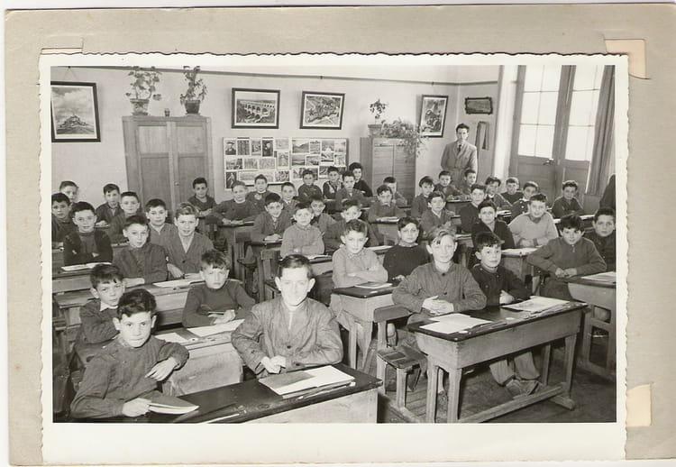 Photo de classe ecole primaire la couronne de 1957 ecole communale