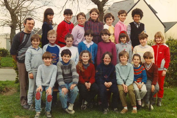 photo de classe 85 86 de 1985 ecole primaire breal sous montfort copains d 39 avant. Black Bedroom Furniture Sets. Home Design Ideas