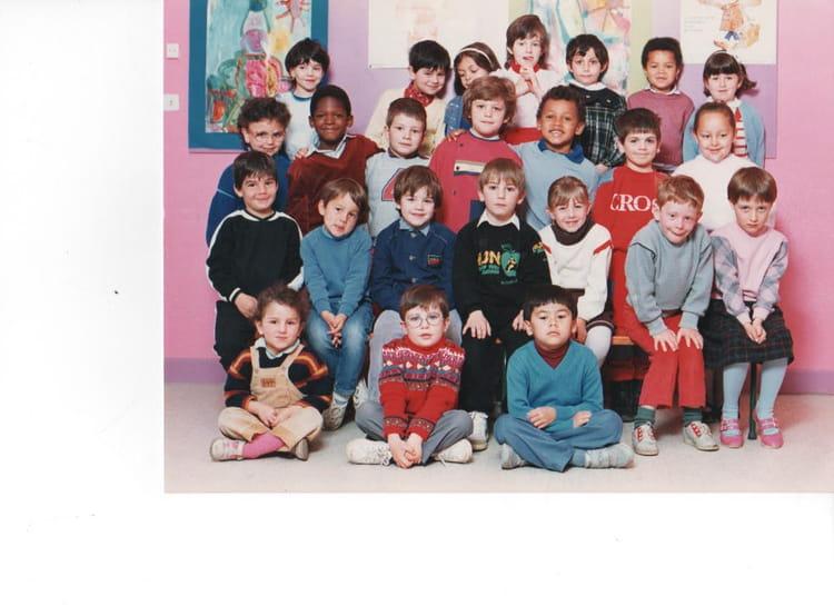 Photo de classe maternelle jean jaures de 1984 ecole for La mie de jean portet sur garonne