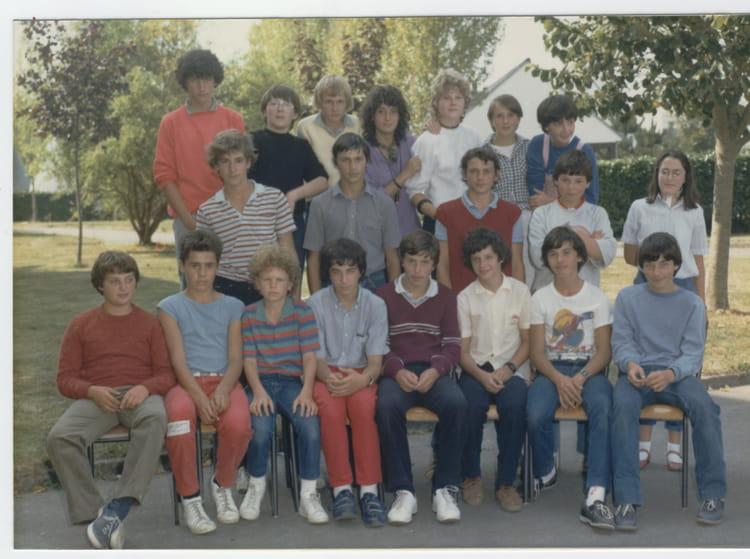 Photo de classe coll ge charles de gaulle 3 me 3 1982 1983 - College charles de gaulle guilherand granges ...