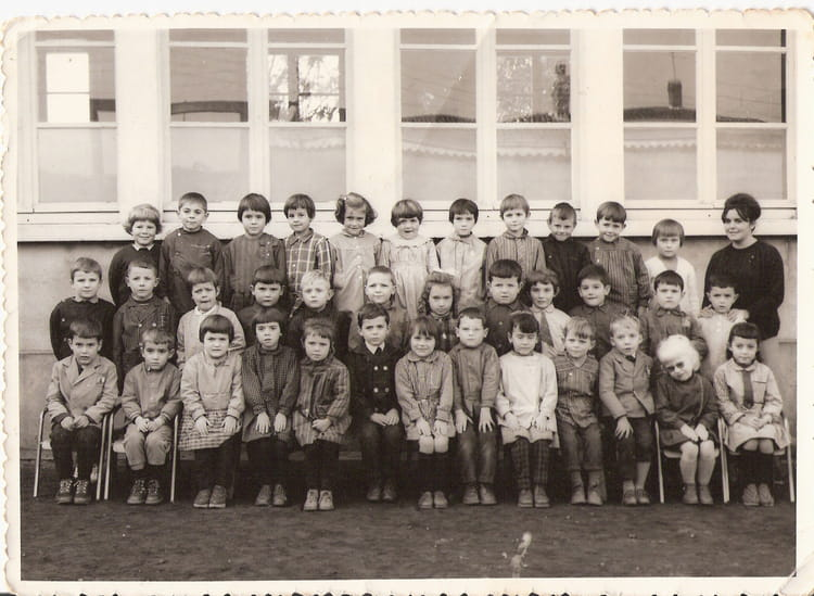 photo de classe maternelle de 1965 ecole sainte marie saint julien de concelles copains d 39 avant. Black Bedroom Furniture Sets. Home Design Ideas