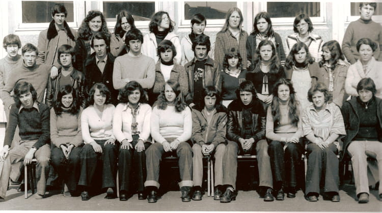 photo de classe term cv de 1978  lyc u00e9e professionnel lanroze