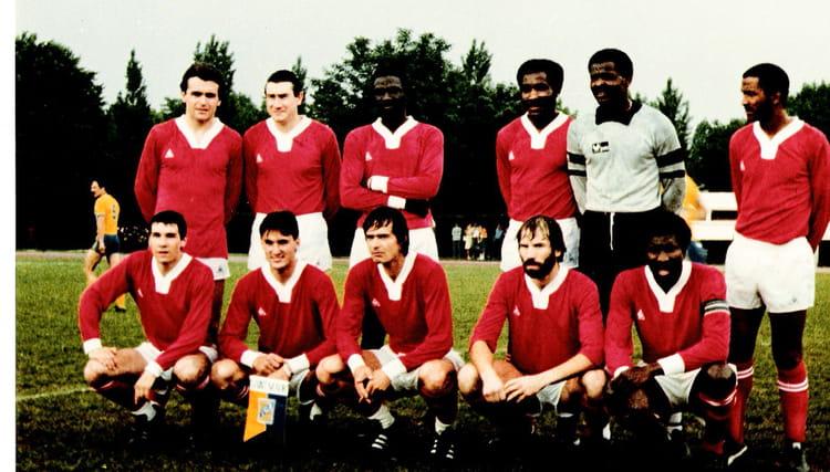 Photo de classe asa maisons alfort premiere seniors 1981 for Asa maison alfort