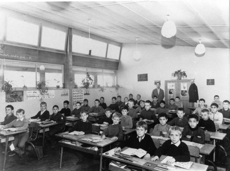 photo de classe cm1 de 1968 ecole louis pasteur maizieres les metz copains d 39 avant. Black Bedroom Furniture Sets. Home Design Ideas