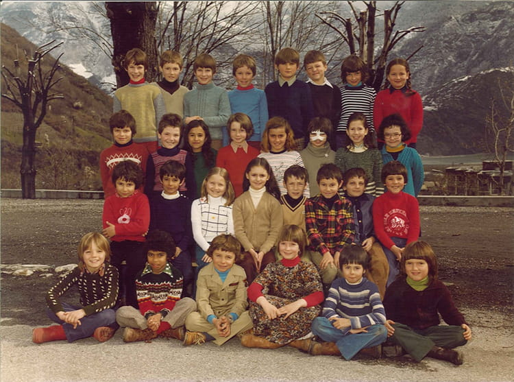 photo de classe ce2 1978 1979 de 1978 ecole saint joseph saint jean de maurienne copains d. Black Bedroom Furniture Sets. Home Design Ideas