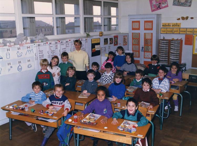 photo de classe cp 1989 de 1989 ecole maurice mace copains d 39 avant. Black Bedroom Furniture Sets. Home Design Ideas
