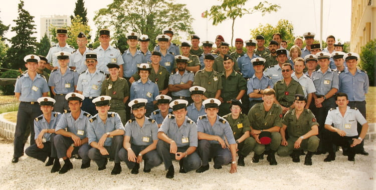 photo de classe bs infirmier de 1993 marine nationale ecole des infirmiers copains d avant