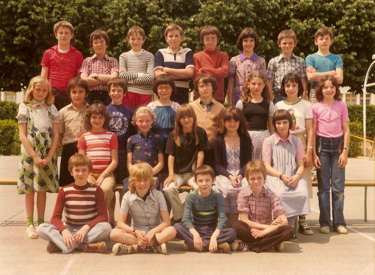 Photo de classe cm2 de 1977 ecole leonce gluard la roche - Cours cuisine la roche sur yon ...