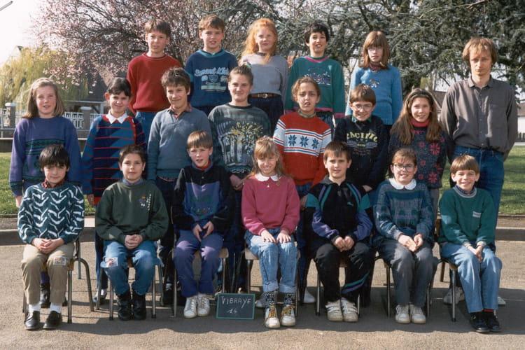 Photo de classe 1990 91 classe de cm1 de 1990 ecole for Delphine bataille