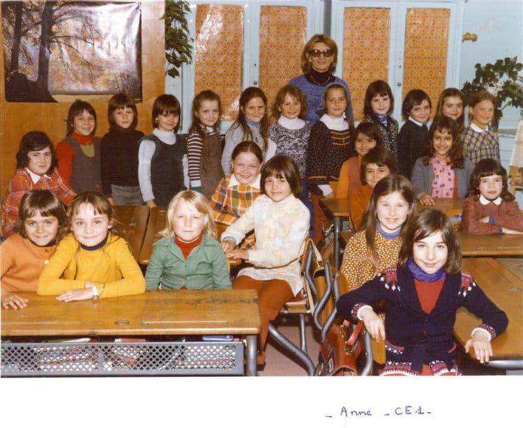 photo de classe classe de ce1 madame foucher de 1976 ecole la sabliere mennecy copains d. Black Bedroom Furniture Sets. Home Design Ideas