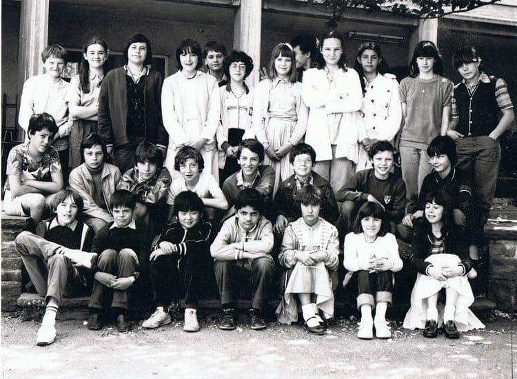 Photo de classe 6 me de 1980 coll ge charles de gaulle - College charles de gaulle guilherand granges ...