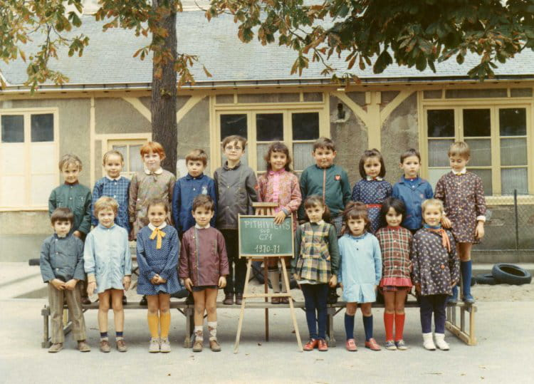 photo de classe cp de 1970 ecole du general de gaulle. Black Bedroom Furniture Sets. Home Design Ideas