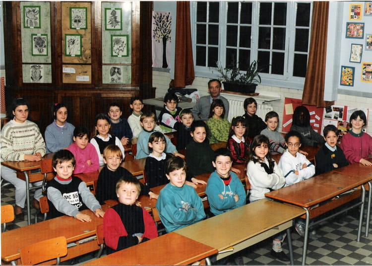 photo de classe ce2 de 1991 ecole anatole france arras copains d 39 avant. Black Bedroom Furniture Sets. Home Design Ideas