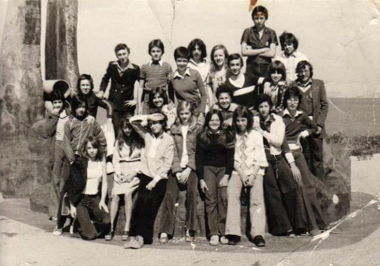 Photo de classe chevalier de 1975 coll ge fr d ric mistral copains d 39 avant - College frederic mistral port de bouc ...