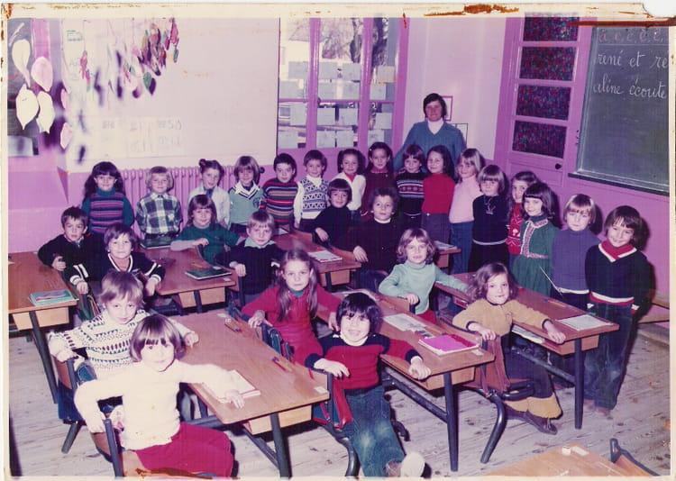 Photo de classe cp de 1979 ecole jeanne d 39 arc craponne - Lycee craponne salon ...
