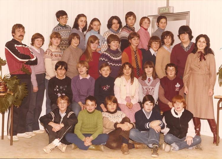 Photo de classe 4i me coll ge st joseph d 39 argenteuil ann e for Salon 81 argenteuil