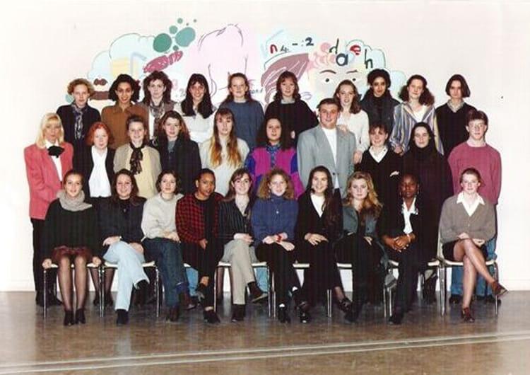 photo de classe bts ci 1 promotion 1994 1995 de 1994 lyc e edouard gand copains d 39 avant. Black Bedroom Furniture Sets. Home Design Ideas