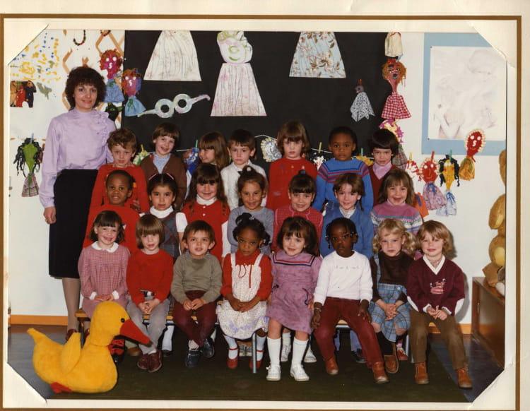 Photo de classe Petite section maternelle 1982 1983 de 1983, Ecole Louis Pergaud (Sainte  # Auto Ecole Sainte Genevieve Des Bois