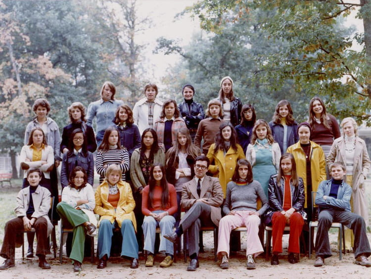 photo de classe 3 me 2 de 1973 lyc e fran ois couperin copains d 39 avant. Black Bedroom Furniture Sets. Home Design Ideas