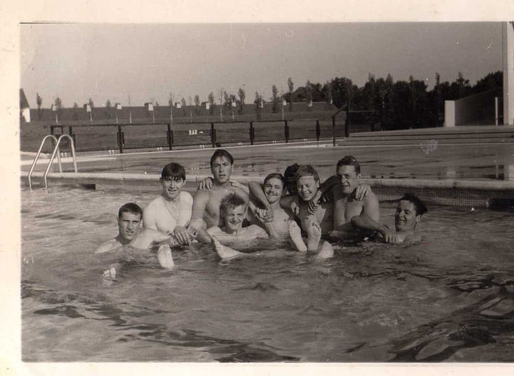 Photo de classe piscine rambouillet de 1967 501 me for Piscine rambouillet