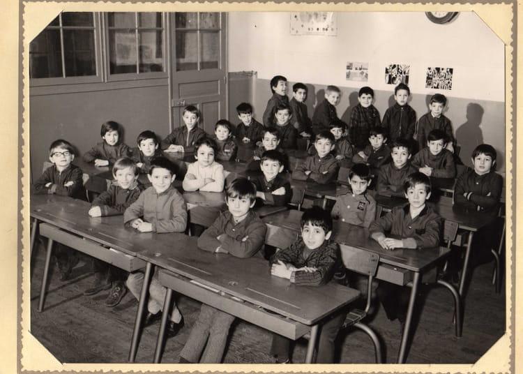 Photo de classe ? de 1970, ECOLE PIERRE LAROUSSE - Copains d ...