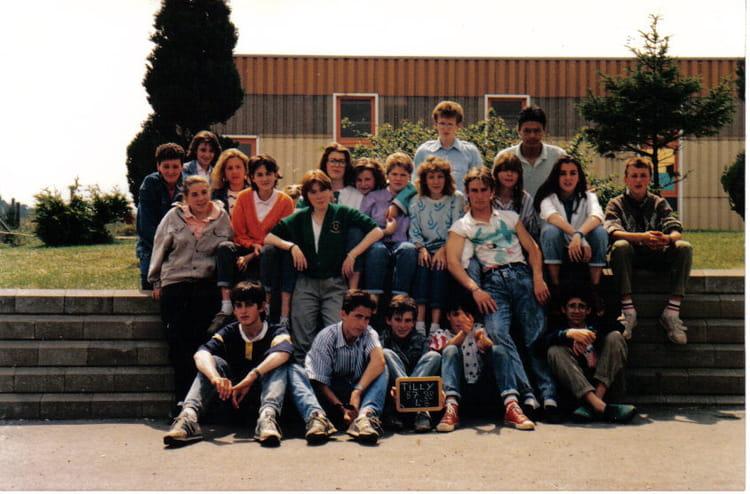 de classe 4ème B de 1987, Collège Du Bois Dorceau  Copains davant ~ College Bois D Orceau