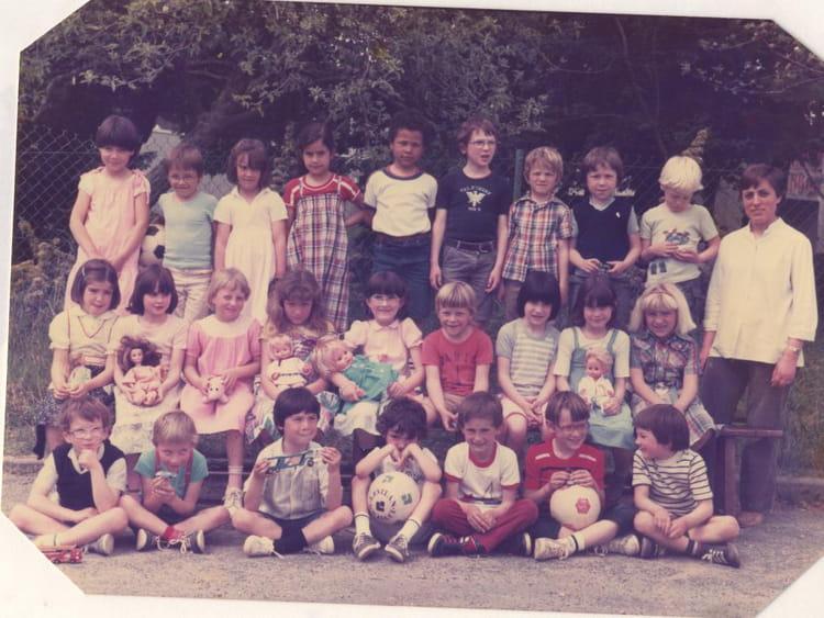 Photo de classe cp de 1981 ecole sainte therese les - Cours cuisine la roche sur yon ...