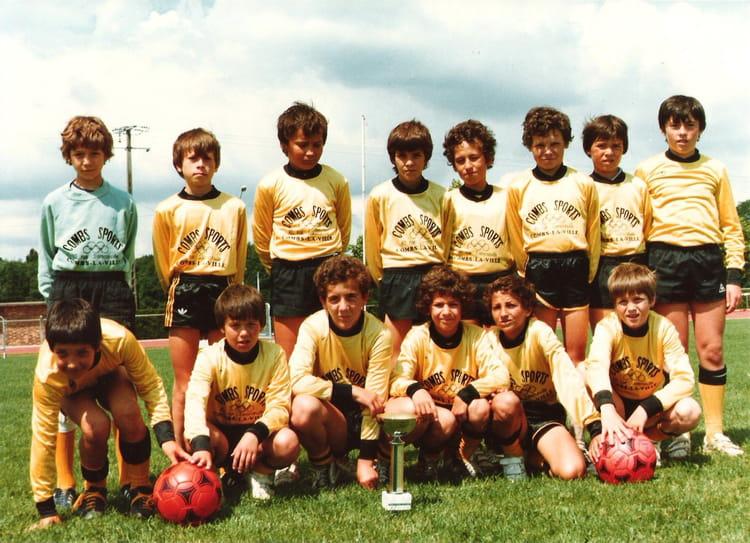 photo de classe minimes cacombs la ville de 1982 cacv football copains d 39 avant. Black Bedroom Furniture Sets. Home Design Ideas