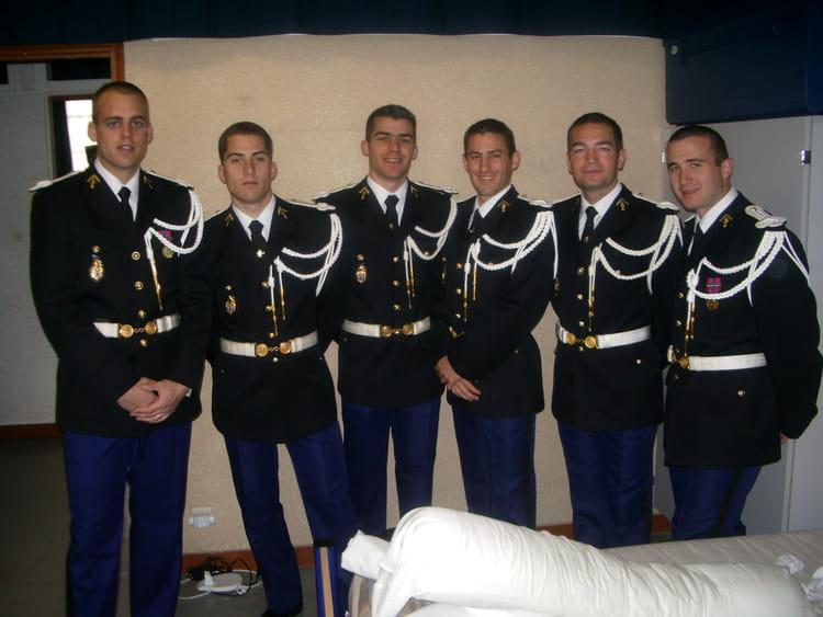 Photo de classe ecole de sous officiers de la gendarmerie - Grille salaire sous officier gendarmerie ...