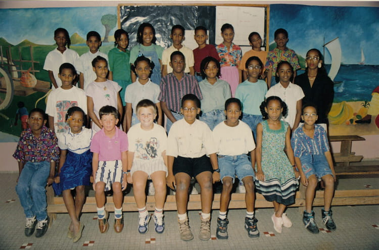 photo de classe ecole primaire guadeloupe 3 de 1993 ecole de dothemar copains d 39 avant. Black Bedroom Furniture Sets. Home Design Ideas