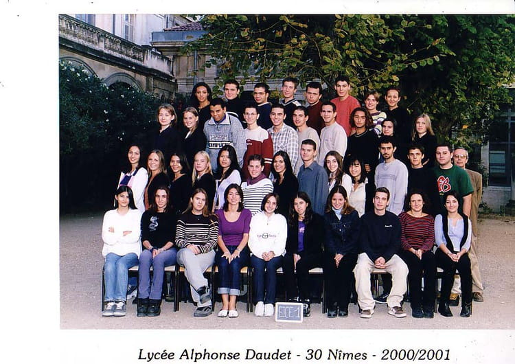 Photo de classe prepa eco de 2000 lyc e alphonse daudet for Lycee alphonse daudet
